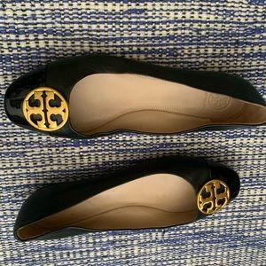 Tory Burch black leather.cap toe ballet flats 9M